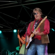 rolling-stones-black-and-blue-colmpop2009-0204-300x216